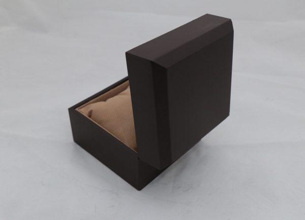جعبه ساعت مچی بدون مارک قهوه ای