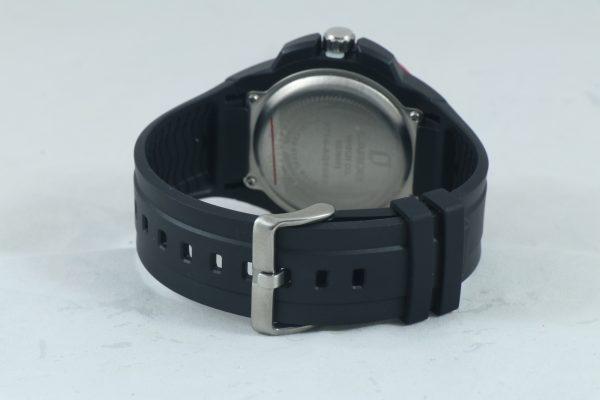ساعت مچی عقربه ای زنانه لاروس مدل AQ1080/1